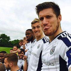 Team photo lol West Bromwich Albion Fc, Premier League Soccer, Team Photos, Baseball Cards, Couple Photos, Couple Shots, Team Pictures, Couple Photography, Couple Pictures