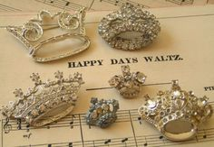 love these little crowns…love♥