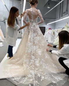 The latest ML dresses are perfection Sweetheart Wedding Dress, Lace Mermaid Wedding Dress, Mermaid Dresses, Bridal Lace, Disney Wedding Dresses, Country Wedding Dresses, Dream Wedding Dresses, Bridal Dresses, Wedding Outfits