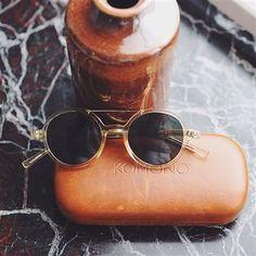 De Vivien Zonnebril van Komono doet met zijn ronde glazen een beetje denken aan de hippiestijl. #mooi #sunglasses #komono
