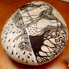 by Golden Egg Studio; i love painted rocks    me too~!