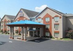 Comfort Suites Lawrenceville Lawrenceville (Georgia) The Comfort Suites hotel is less than 10 minutes from Discover Mills mall. This hotel is central to area attractions, including Chateau Elan Winery, Gwinnett Medical Center, Gwinnett Technical College, Stone Mountain Park, Lake Lanier and Lanier...