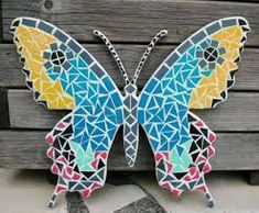 Mosaic butterfly on MDF board Mosaic Crafts, Mosaic Projects, Mosaic Art, Mosaic Glass, Fused Glass, Stained Glass, Butterfly Mosaic, Diy Butterfly, Mosaic Madness