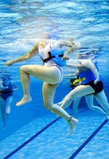 The latest research on the effectiveness of aqua jogging and 3 scientifically supported tips to help you get the most out of your deep water running