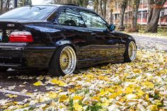You can't go wront with the combination of BMW e36 coupé and true 17'' BBS RS cult wheels