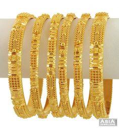 gold bangles Plain Gold Bangles, Gold Bangles Design, Gold Jewellery Design, Gold Jewelry, Antique Jewellery Designs, Stylish Jewelry, Gold Set, Jewelry Patterns, Bracelets