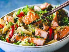 Norwegian Food, Fish And Seafood, Kung Pao Chicken, I Love Food, Pasta Salad, Food Inspiration, Pesto, Food To Make, Nom Nom