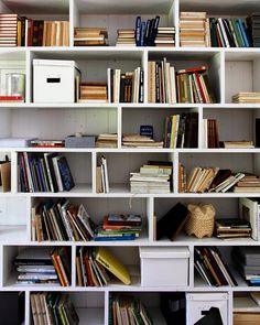 Hullaannu ja hurmaannu Bookcases, Shelving, Dutch, Barn, Display, Decorating, Storage, Interior, Books