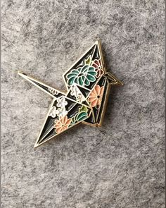 Origami Crane Enamel Lapel Pin with floral Japanese pattern Jacket Pins, Cool Pins, Pin And Patches, Pin Badges, Lapel Pins, Pin Collection, Bling Bling, Just In Case, Creations
