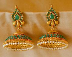 Gold Jhumka Earrings, Jewelry Design Earrings, Gold Earrings Designs, Jhumka Designs, Gold Jewelry Simple, Coral Jewelry, Bridal Jewelry, Kerala Jewellery, India Jewelry
