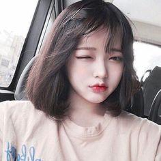 รูปภาพ girl, korean, and ulzzang Cute Korean Girl, Cute Asian Girls, Korean Beauty, Asian Beauty, Choi Hee, Ulzzang Makeup, Uzzlang Girl, Girl Inspiration, Girl Short Hair