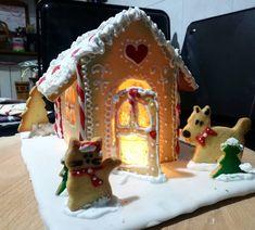 Photo shared by Paola Baronio on December 09, 2020 tagging @rikzava.74. L'immagine può contenere: spazio al chiuso. Gingerbread, Cupcake, Cheesecake, Desserts, Food, Tailgate Desserts, Deserts, Ginger Beard, Cupcakes