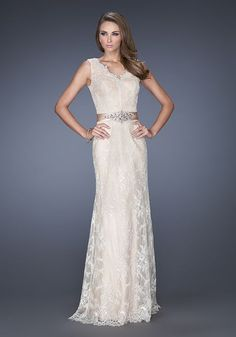 fa5405e31f0b 25 Best Wedding Dresses images   Engagement, Bridal gowns, Bride ...