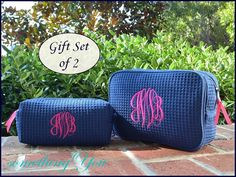 Hey, I found this really awesome Etsy listing at https://www.etsy.com/listing/211013446/personalized-cosmetic-bag-gift-set-of-2