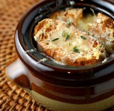Slow Cooker Fancy French Onion Soup