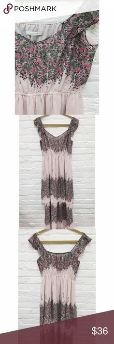 FLASH SALE! • LC Floral Maxi Dress 💕LC Lauren Conrad - Floral Maxi Dress   d e t a i l s + like new | size medium + sweetheart cut floral layered maxi dress + sleeves can be worn on shoulders or just below + fully lined + elastic waist + breezy layers down bottom of dress   >> open to all reasonable offers <<  b u n d l e  d i s c o u n t s + 2 items > 15% + 3 items > 20% + 4 items > 30% LC Lauren Conrad Dresses Maxi