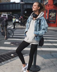 "122.9k Likes, 273 Comments - Josephine Skriver (@josephineskriver) on Instagram: ""One way. ⬅️"""