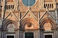 Detalle de la Fachada de la Catedral de Siena (Siena - Italy)