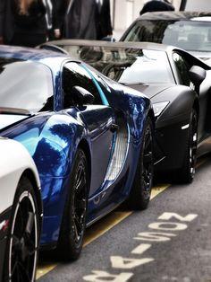 Expensive lineup. Koenigsegg Agera, Bugatti Veyron, Lamborghini Aventador
