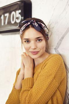 Yellow sweater, headband