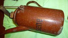 jarra enlozada porta kerosene muy antigua