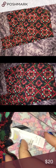 Lularoe TC leggings Very gently used Lularoe TC leggings. Colors are – black, navy blue, orange, red, green, sea green, gray LuLaRoe Pants Leggings