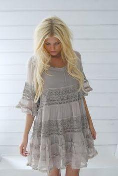 ah I love this dress!