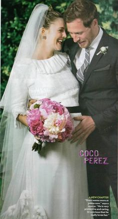 AH! I seriously love Drew's wedding dress.    Karl Lagerfeld-designed Chanel gown which featured a ruffled collar