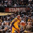 Kobe scores 38 Lakers beat Wolves 119-115 to end 10-gm skid (Yahoo Sports)