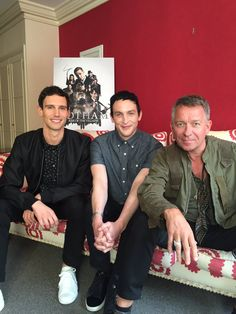 Cory Michael Smith, Robin Lord Taylor & Sean Pertwee
