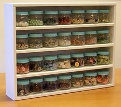 Baby Food Jars... it looks so... organized