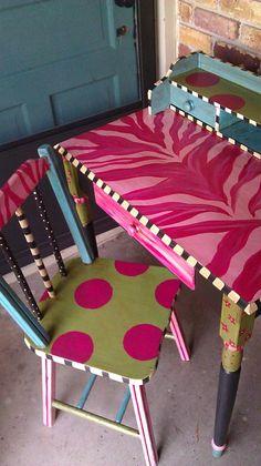 Painted Desk . luckypeachdesigns.shutterfly.com