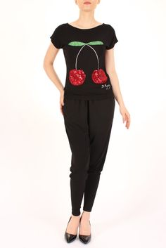 Tricouri - Dona Kyros Capri Pants, T Shirt, Fashion, Supreme T Shirt, Moda, Capri Trousers, Tee, Fashion Styles, T Shirts