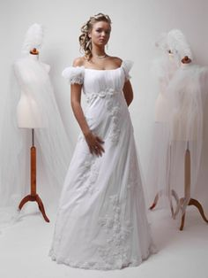 ... Schottenkaro  Hochzeitskleider für die mollige Braut  Pinterest