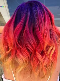 Best Pulpriot Sunset Hair Color Ideas for fashionable Women in 2019 Vivid Hair Color, Pretty Hair Color, Beautiful Hair Color, Hair Dye Colors, Funky Hair Colors, Bright Hair Colors, Funky Colored Hair, Short Colorful Hair, Hair Color Ideas