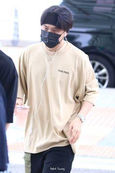 Ikon Member, Jay Song, Dancing King, Paris Texas, Kim Hanbin, Kim Dong, Perfect Timing, Airport Style, My Sunshine