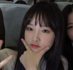 Kpop Girl Groups, Kpop Girls, Forever Girl, Sakura Miyawaki, Japanese Girl Group, Beautiful Fairies, Skinny Girls, Be A Nice Human, Verse