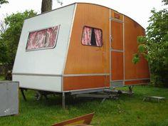 Face avant - caravane pliante Rapido Confort en bois