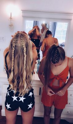 Pretty Hairstyles Short Hairstyles and Haircuts You Need All Summer Long - Fashion.Pretty Hairstyles Short Hairstyles and Haircuts You Need All Summer Long - Fashion Hairstyles For School, Summer Hairstyles, Cute Hairstyles, Fashion Hairstyles, Black Hairstyles, Short Hairstyles With Braids, Hairstyles For Concerts, Casual Braided Hairstyles, Running Hairstyles