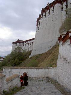 Pictures of Tibet: Potala Palace, Lhasa
