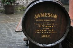 jameson- IMC Old barrels give the feeling of aged, which is what whiskey drinkers value Whiskey Girl, Cigars And Whiskey, Whisky, Irish Whiskey, Jameson Distillery, Bar Art, Its A Mans World, Photos Of The Week, Happy Hour