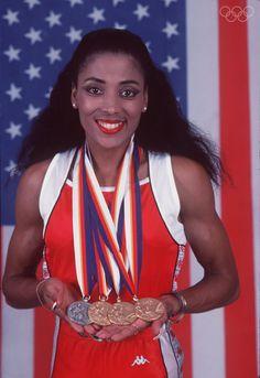 Florence Griffith-Joyner (Flo-Jo) ~j American Athletes, Female Athletes, American Women, American History, American Flag, Flo Jo, Ebony Magazine Cover, 1988 Olympics, Sport Hall