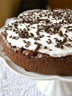 Chocolate Cake ✿ ✿ ✿ #chocolate #cake #sweet #party Picture from http://www.dolciagogo.it/2012/03/mississipi-mud-pie.html