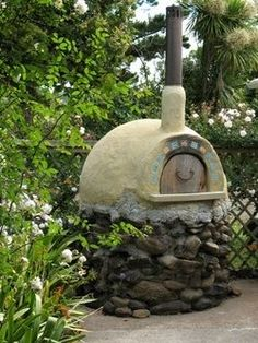 How to build a free form bread oven