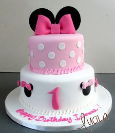 Minnie Mousse Cakes at Sweet Art by Lucila