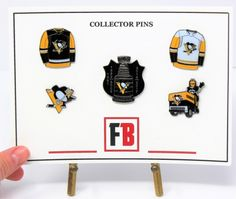 Collector pin set 5 Pittsburgh Penguins pins, exclusive sets from Fanbundles, Collector pins at GREAT VALUE! Canada's sports gift box service, combos available in CAD or build your OWN BOX! Sports Gifts, Stanley Cup, Cupping Set, Pittsburgh Penguins, Fan Gear, Nhl, Hockey, Fans, Content