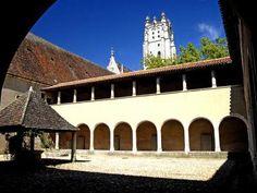 Le monastere royal de brou troisieme cloitre et eglise second site du departement le plus visite en 2009 guide du tourisme de l ain rhone alpes