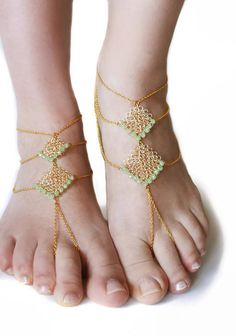 #Boho chic, sexy, baredoof sandals with brass chain and #handmade wire #crochet pendants with light green crystals.   These sandals are great to wear barefoot or with your san... #jewelry #boho #etsy #epiconetsy #shopping #shopsmall #jewelryonetsy #etsyseller #anklet