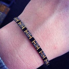 Pandora Jewelry OFF! Check the way to make a special photo charms and add it into your Pandora bracelets. Pandora Leather Bracelet, Pandora Bracelets, Pandora Jewelry, Pandora Charms, Loom Bracelet Patterns, Bead Loom Patterns, Beading Patterns, Gold Jewelry Simple, Black Gold Jewelry
