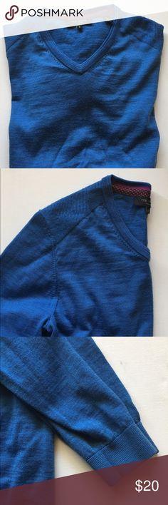 Ted baker long sleeve v neck sweater 2 NWOT Ted baker long sleeve v neck sweater 2 Ted Baker Sweaters V-Necks